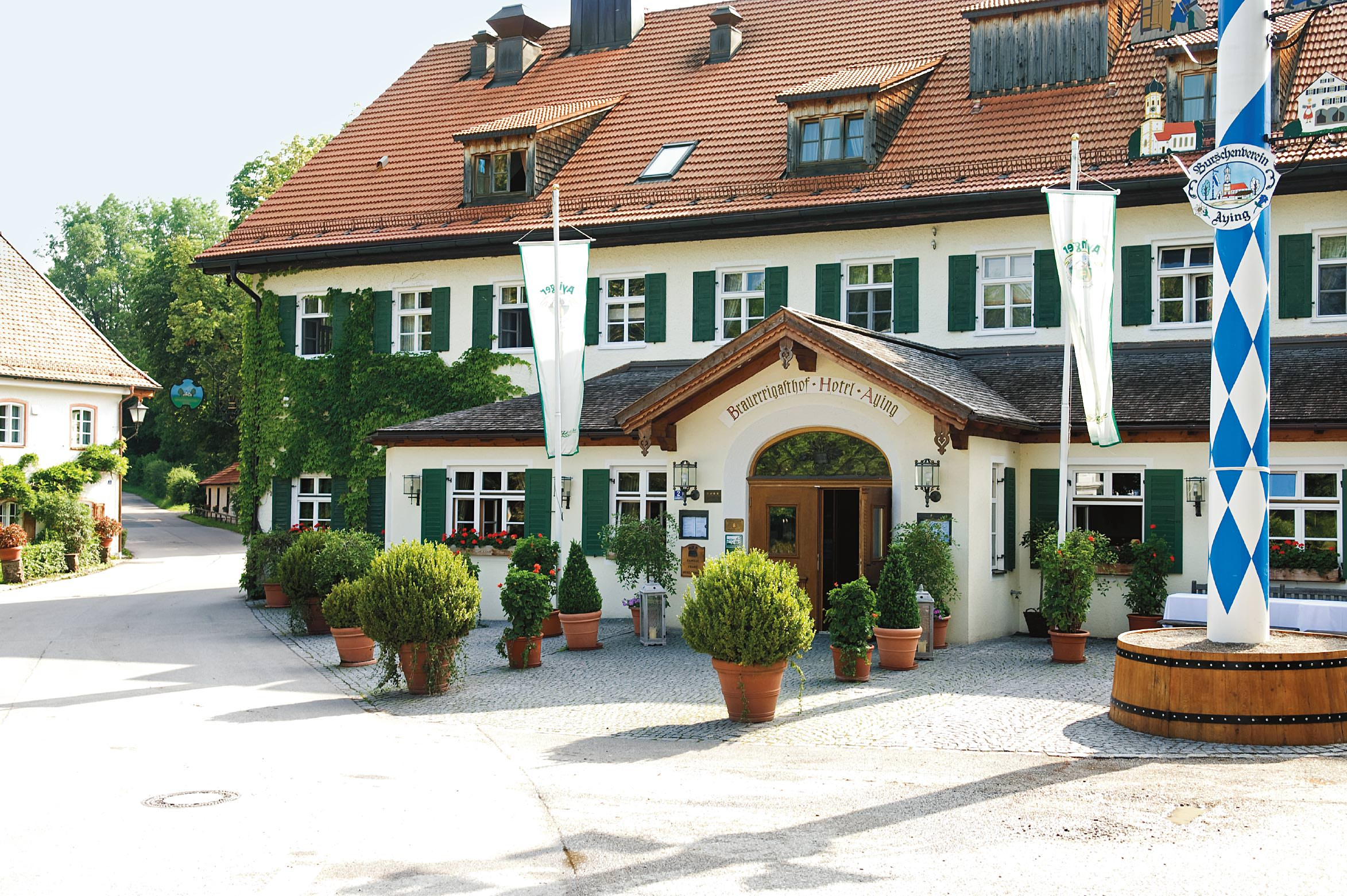 Brauereigasthof Hotel Aying picture